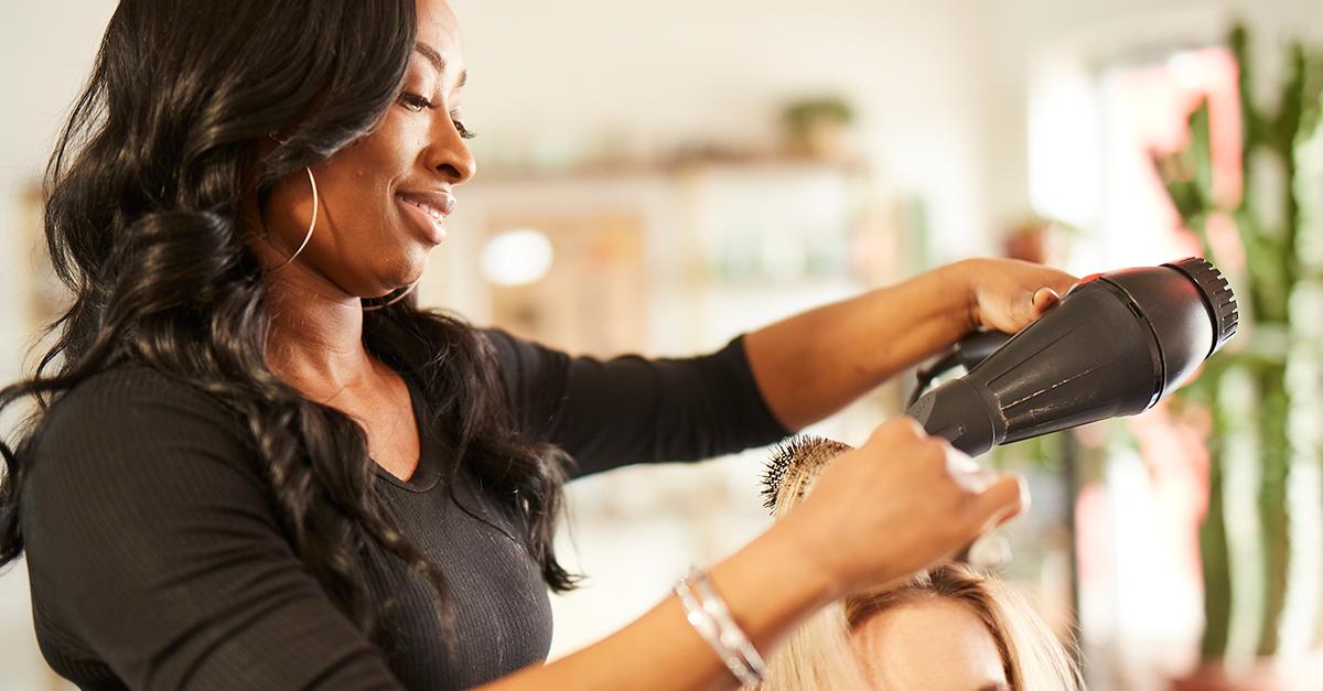 Why do so many beauty pros choose sola