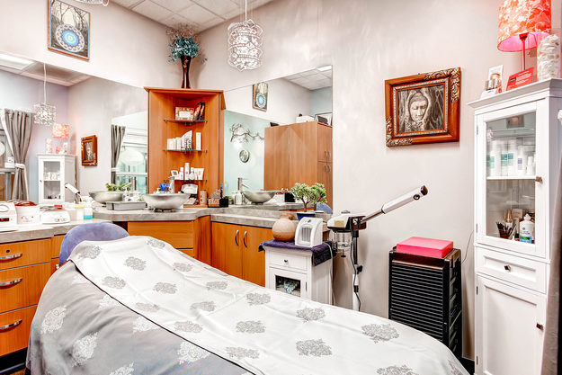A beautiful esthetic studio in Sola Salon Studios in Littleton, Colorado.