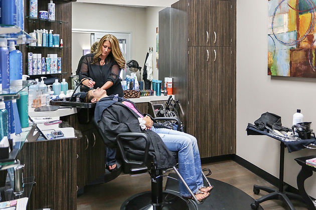 Beauty salon Suites in Madison Wisconsin