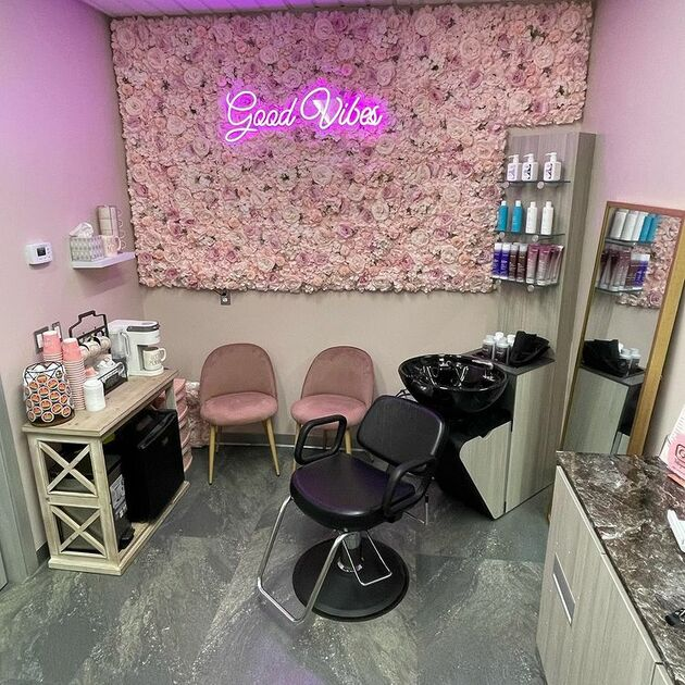 hair salon room studio suites for rent stylist hair nails brow lashes microblading room for rent