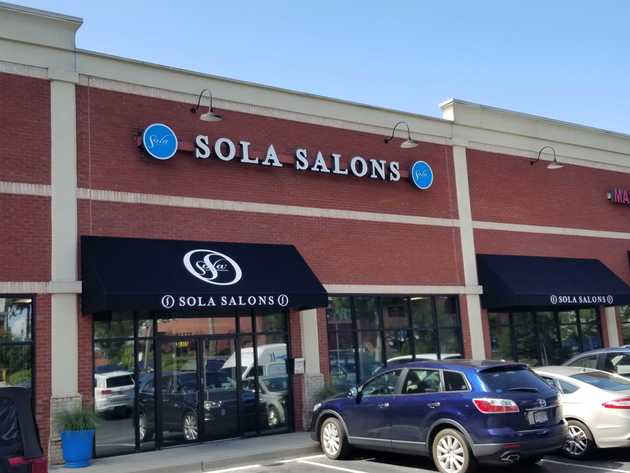 Exterior storefront of Sola Salons Winward Parkway