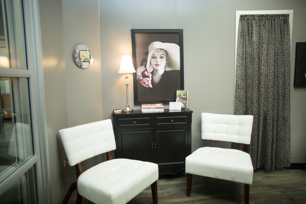 Individual studio with sheers for privacy at Sola Salon Studios hair salon in Longview