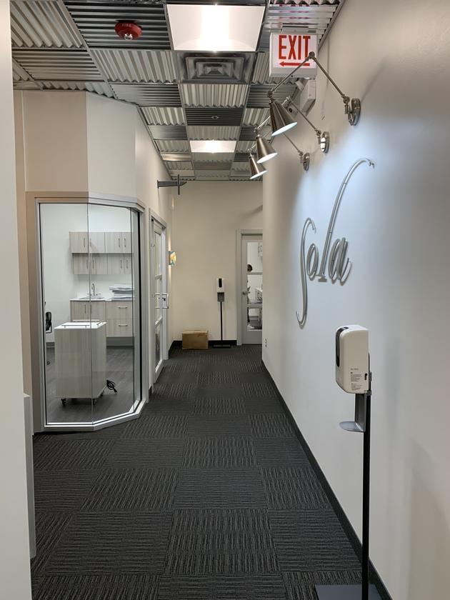 salon suites for rent in elmhurst