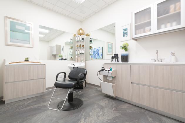 Beautiful studio at Sola Salons